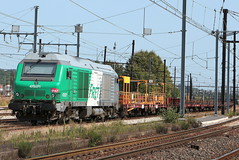 75071 (yann.train) Tags: juvisy train railway rail chemindefer prima fret sncf lrs infra diesel thermique 75000 bb75000 75071 bb75071 475071 alstom alsthom