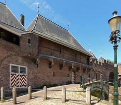 City side of Koppelpoort in Amersfoort (joeke pieters) Tags: 1410817 panasonicdmcfz150 amersfoort utrecht nederland netherlands holland koppelpoort poort gate medieval