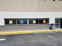 """Toys """"Я"""" Us (Waterford, Connecticut) (jjbers) Tags: toys r us waterford connecticut going out business closing sale june 26 2018"""