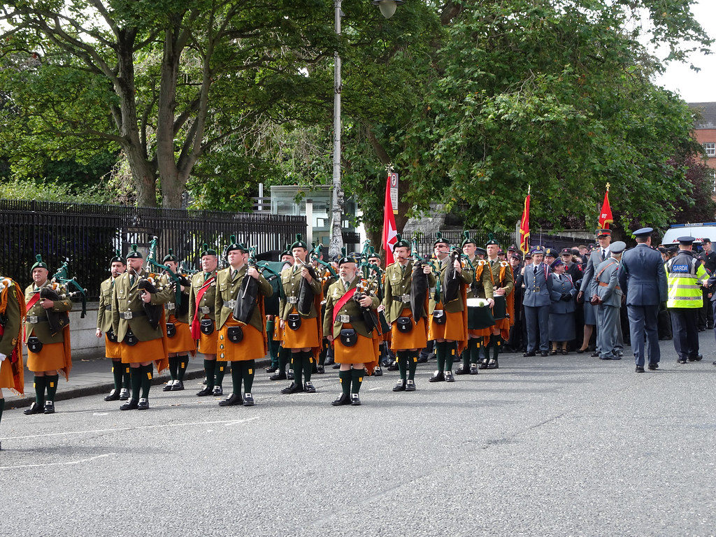 NATIONAL SERVICES DAY [PARADE STARTED OFF FROM NORTH PARNELL SQUARE]-143628
