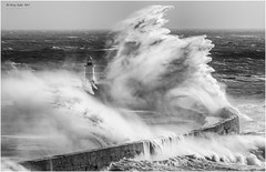 Stormy Newhaven {Explore 5/Sept/2018} (jerry_lake) Tags: 21stoct2017 bw newhaven nikon300mm silverefexpro2 breakwater coast sea stormbrian waves
