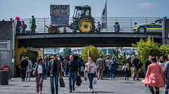 2018 - Germany - Düsseldorf - Protest March (Ted's photos - For Me & You) Tags: 2018 cropped düsseldorf germany nikon nikond750 nikonfx tedmcgrath tedsphotos vignetting seedinfarmershands saatgutinbauernhand tractor people peopleandpaths pathsandpeople bridge flag police policecar cocacola handbag sunglasses backpack