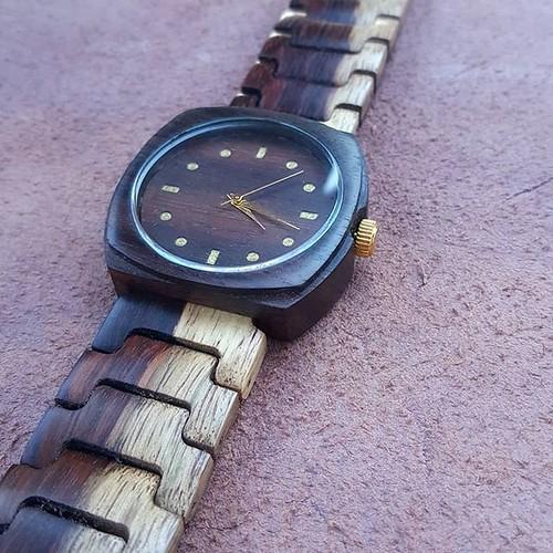 Jam tangan kayu seri September 11, 2018 at 04:45PM