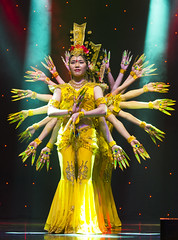 DAG_8702r (crobart) Tags: thousand hand bodhisattva eyes yate dance acrobatic team chinese china canadian national exhibition cne 2018 toronto