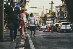 (a└3 X) Tags: street alexfenzl color farbe people olympus person streetphoto streetphotography 3x city citylife urban a└3x menschen pattaya thailand
