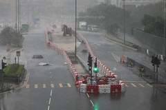 Super Typhoon Mangkhut, Tseung Kwan O, Hong Kong (Daryl Chapman Photography) Tags: typhoon storm hurricane hongkong china sar tko tseungkwano canon 5d mkiv 100400lii rain raining wet badweather