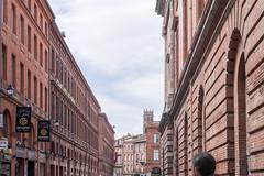 Toulouse (Claude Guigon) Tags: pentax toulouse architecture bâtiment rue street