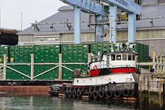 r_180816317_beat0069_a (Mitch Waxman) Tags: brooklynqueensexpressway gowanus gowanusbay gowanusbridges gowanuscanal gowanusexpressway hamiltonavenuebridge newyorkcity newyorkharbor tugboat newyork