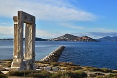Alke jetty (orientalizing) Tags: apollo archaeologicalsite archaia archaic architecture cyclades doorway greece islands jetty landscape lygdamis marble monumental naxos palatia sanctuaryofdelianapollo seascape