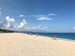 Fine estate in Calabria (Mi che le) Tags: calabria clouds