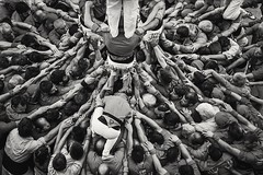 Castellers  / Humantowers (Alex Nebot) Tags: humantowers castellers castells nens vendrell pinya nikon d7200 sigma catalunya catalonia cultura culture tradicions gent people gente fiestas festes fm
