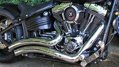 Metal Magic.... (BIKEPILOT, Thx for + 4,000,000 views) Tags: harleydavidson newlandscorner guildford surrey uk england britain vehicle transport classic motorcycle motorbike bike metal vtwin