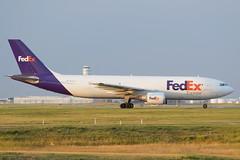 FDX A306 (djrxxs) Tags: cyycyyccalgary federalexpress fedex airbus a300f605r
