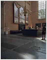 Grote Sint Laurenskerk Alkmaar - III (macfred64) Tags: alkmaar 2018 color c41 thenetherlands church fujiga645wi ebcfujinon45mmf4 film analog mediumformat 120 645 6x45 sintlaurenskerkalkmaar