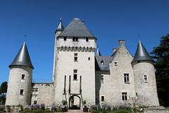 Le château du Rivau (Lémeré) # 2 (Les 3 couleurs) Tags: lerivau lémeré indreetloire touraine châteaux valdeloire paysdelaloire castle