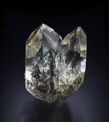 Quartz - Treppio (Orlando S. Olivieri) Tags: mineral photography quartz canon eos 6d 100 mm sigma f 28 studio artificial lights crystal