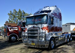 Kenworth (quarterdeck888) Tags: trucks photos truckphotos australiantrucks outbacktrucks workingtrucks primemover class8 overtheroad interstate frosty quarterdeck jerilderietrucks jerilderietruckphotos flickr bdoubles lorry bigrig highwaytrucks interstatetrucks nikon truck kenworth kenworthklassic kk kenworthclassic2018 truckshow truckdisplay workingclasstrucks noprizes k104b