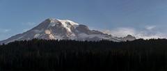 Mt Rainier at Sunrise (Scott_Nelson) Tags: mtrainier mtrainiernationalpark reflectionlakes cascades cascademountians washington nationalparks