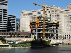 Chicago, Last New Skyscraper Being Constructed at Wolf Point on the Chicago River (Mary Warren 11.2+ Million Views) Tags: chicago urban architecture building crane chicagoriver construction merchandisemart