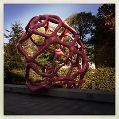 Art 1 (DaWernRulez) Tags: hipstamatic hannover kunst art skulptur sculpture rot rosa