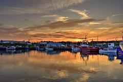 Port de pêche (pascalroussy) Tags: paysage landscape quai eau bateau coucherdesoleil sunset canada québec gaspésie