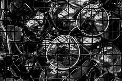 Can`t see you (michael_hamburg69) Tags: schleswigholstein büdelsdorf carlshütte kunst art nordart 2018 artist künstler glasses lesebrille readingglasses brille brillen kemaltufan pen füller füllfederhalter penwithbooks bookpen poem reading