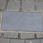 Market Square, Holyhead - plaque - William Bradwen Jones thumbnail