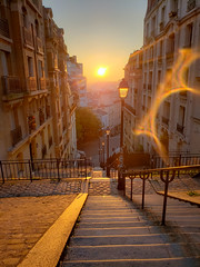 Sunrise in Montmartre (laurenspies) Tags: clignancourt europe france montmartre paris îledefrance fr sunrise stairs staircase