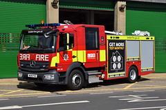 London - WU18FHZ - Heathrow (matthewleggott) Tags: london fire brigade lfb engine appliance mercedes mercedesbenz atego heathrow emergency one mk3 wu18fhz dpl231