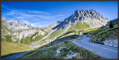 Ici la route du Tour ! (watbled05) Tags: montagne massifdesecrins ciel extérieur hautesalpes herbe paysage panoramique rochers galibier route