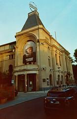 Berliner Ensemble Mitte 26.8.2018 (rieblinga) Tags: berlin mitte berliner ensemble theater gebäude analog fuji gsw 690 iii kodak ektar 100 2682018