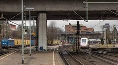 198_2018_03_22_Hamburg_Harburg_6140_851_PRESS_mit_Containerzug_Süden_5812_806_DB_ICE_9006_Martin_Luther_Hamburg_Hbf (ruhrpott.sprinter) Tags: ruhrpott sprinter deutschland germany allmangne nrw ruhrgebiet gelsenkirchen lokomotive locomotives eisenbahn railroad rail zug train reisezug passenger güter cargo freight fret hamburg harburg boxx brll ctd db dispo egp ell eloc hctor locon lte me mteg nrail öbb pkpc press rhc sbbc slg vps wiebe wlc 1203 1214 1216 1223 3294 4180 5370 5401 6101 6110 6143 6146 6152 6182 6186 6187 6193 es64u2 logo natur graffiti
