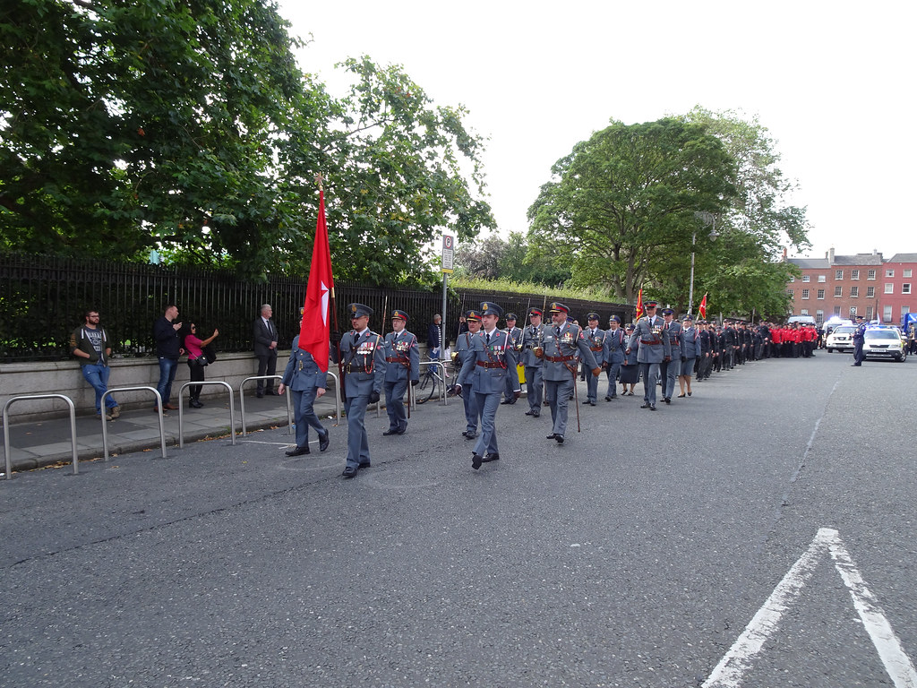 NATIONAL SERVICES DAY [PARADE STARTED OFF FROM NORTH PARNELL SQUARE]-143634