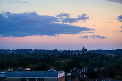 SLough (Мaistora) Tags: landscape evening sunset darkness birdseye nodrone horizon panoramic view vista sight vantage pov berkshire thamesvalley royal england britain uk sony ilce a6000 lightroom luminar windsor castle palace iconic symbolic monarchy crown dynasty skyline history historic sky clouds pink pinkhour bluehour purple blue yellow green trees countryside hill hills distance distant fortress selp18105g