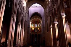 Catedral de la Almudena. Madrid. (Raquel Borrrero) Tags: catedral cathedral temple architecture arquitectura madrid españa spain edificio art templo columnas luz arte building