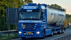 NL - W. van Kommer MB Actros LH08 (BonsaiTruck) Tags: atcomex kommer mb actros lkw lastwagen lastzug silozug truck trucks lorry lorries camion caminhoes silo bulk citerne powdertank