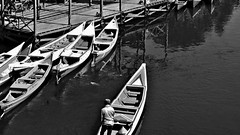 """INDONESIEN , SULAWESI, von Makassar nach Tanah Toraja, 17543/10543 (roba66-on vacation) Tags: monochrome blackwhite bw blancoynegro swbw negro blackandwhite blancoenero byn bretoebranco einfarbig """"schwarzweis"""" roba66 sulawesi urlaub reisen travel explore voyages rundreise visit tourism asien asia indonesien indonesia insel celebes island île insulaire isla boat boote flusslandschaft riverscape fluss river wasser water waterscape rio"""