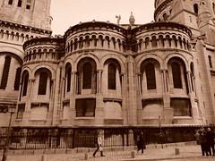 Sacré Cœur (sturkster) Tags: france fuji fujix30 paris photoscape x30 sepia sacrécœur trip2017 architecture building eglise church churcharchitecture europe monochrome montmartre