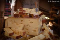 Käsemarkt Nieheim (R.O. - Fotografie) Tags: 11 käsemarkt nieheim nrw 2018 rofotografie käse cheese market panasonic lumix dmcgx8 25mm 17 germany deutschland outdoor