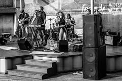 DSC01063.jpg (jaғar ѕнaмeeм) Tags: pikeplacemarket streetphotography washington seattle street unitedstates us seattlewaterfront music