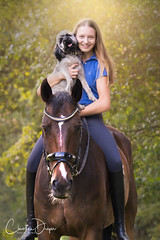 Madi, Rocky & Oskar (Christina Draper) Tags: green sponsored talent dressagerider team friendship equine equinephotography portrait dog horse pferd