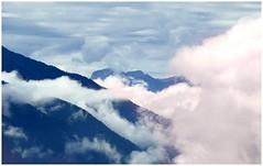 ... (Augusta Onida) Tags: nuvola cloud malgadaimer valleaurina sudtirolo italia italy montagna mountain nebbia mist foschia panorama landscape paesaggio cielo sky dolomiti altoadige altavalpusteria
