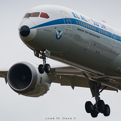 "EL AL B787-9 4X-EDF ""Retro"" (José M. Deza) Tags: 20180831 4xedf b7879 bcn boeing dreamliner elal elprat lebl planespotting spotter aircraft"
