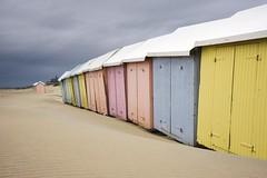 fin de saison à Berck (Patrick Doreau) Tags: baie de somme manche mer cabane banc ciel couleurs picardie