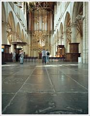 Grote Sint Laurenskerk Alkmaar - II (macfred64) Tags: alkmaar 2018 color c41 thenetherlands church fujiga645wi ebcfujinon45mmf4 film analog mediumformat 120 645 6x45 sintlaurenskerkalkmaar