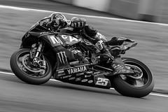 _U8A1090-2 (Scouseside) Tags: bennettsbritishsuperbike bmw canon7dmkii oultonpark britishsuperbikes kawasaki sigma150600 monster motorbikes superbikes pirelli dickies rockoil msvr motorsport