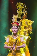 DAG_8935r (crobart) Tags: thousand hand bodhisattva eyes yate dance acrobatic team chinese china canadian national exhibition cne 2018 toronto