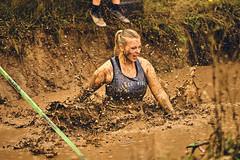Fierce Vibes (cszar) Tags: sony alpha ilce6300 zeiss batis 85mmf18 athlete woman run captureone10 mud bayern bavaria franken franconia zirndorf runterra deutschland germany event bokeh dof prime