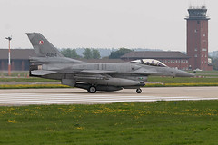 IMG_0690 Ca (daveallen23) Tags: f16 jet mildenhall polish air force