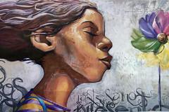 The answer is blowing in the wind (Micheo) Tags: graffiti elniñodelaspinturas peligros blow soplar niña perfil
